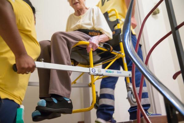 patiententransport krankentransport ivb tragestuhl